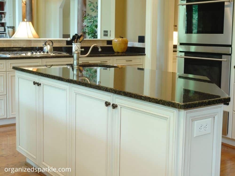 Kitchen Island With Built-in Shelving
