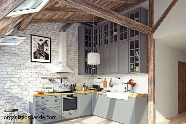 exposed wood beams on the ceiling