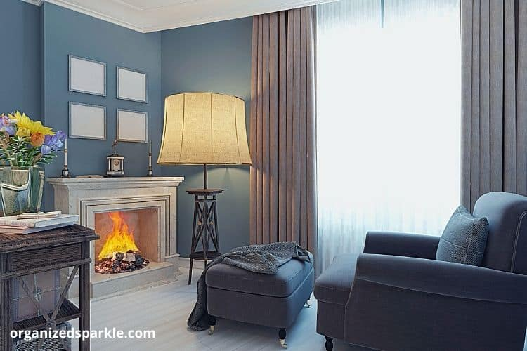 Living room with cozy seats and fireplace