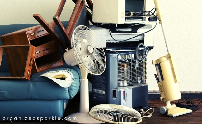 declutter to simplify your life